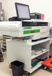 PerkinElmer gamma counter with integrated screen